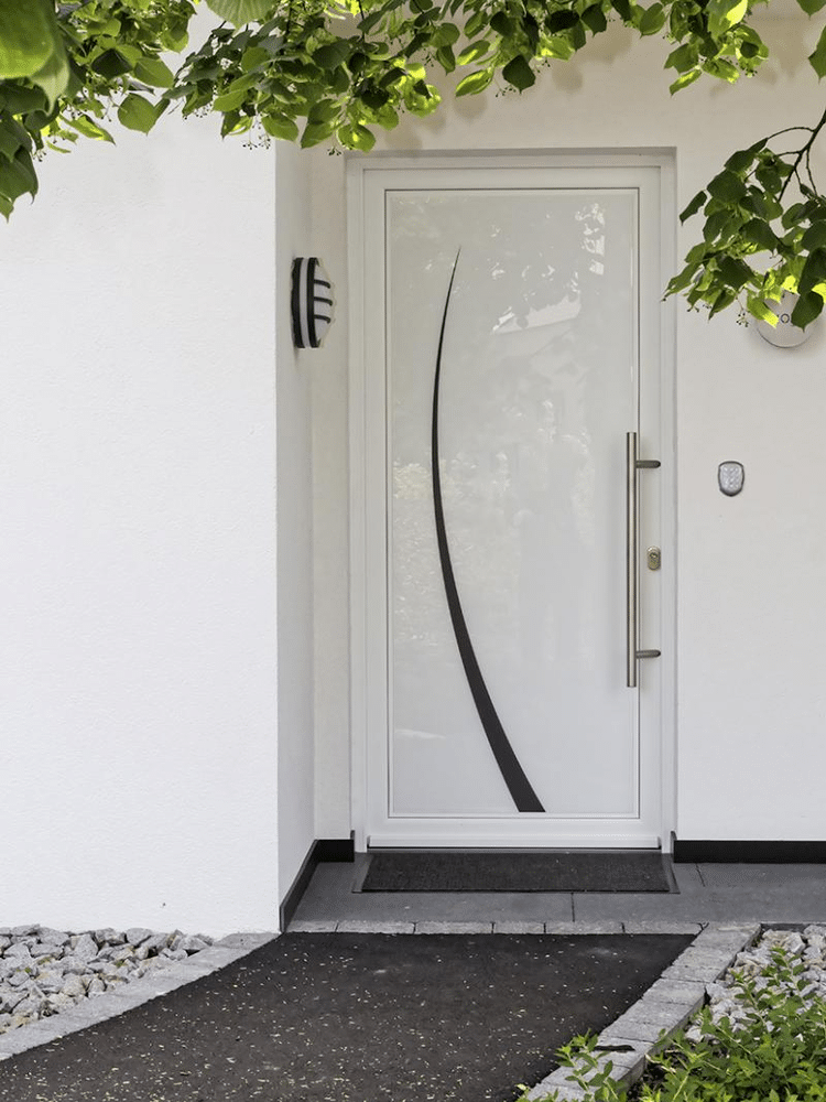 Portes d'entrée en Bois Aluminium de notre showroom d'exposition